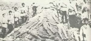 Dead people with Turkish soldiers